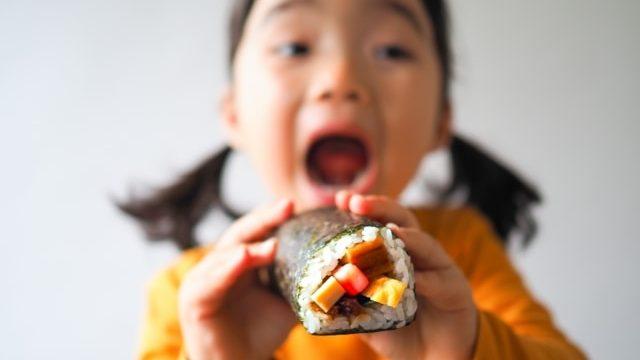 リアルすぎる食べ物の絵本!好き嫌い克服や食の大切さを学べる7冊